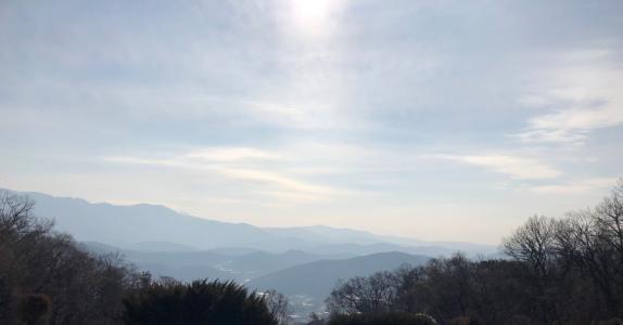 광릉추모공원의 하늘