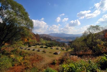 매장묘역의 가을 풍경